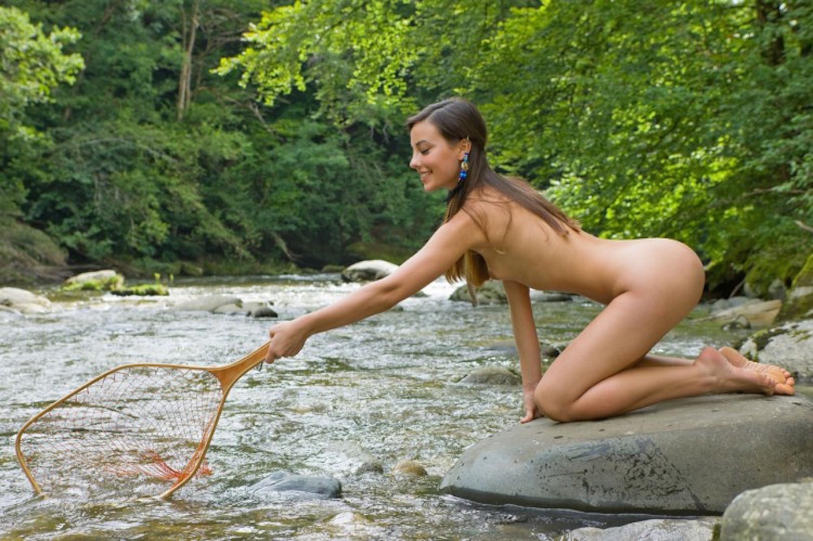 Русская девка на рыбалке фото 5 фотография