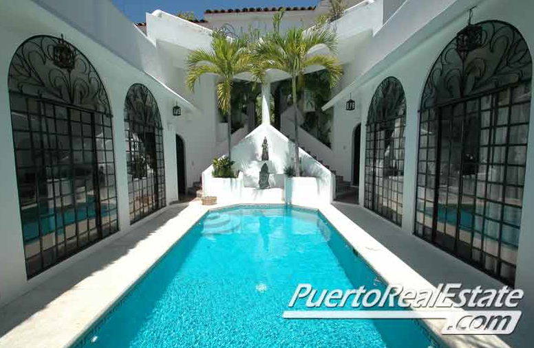 house in puerto escondido with pool