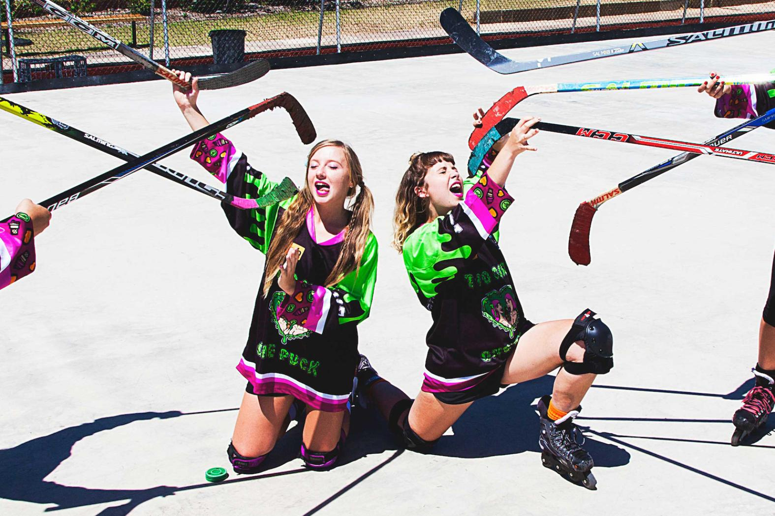 Perthhub, Two Girls One Puck, photographed by Daniel Martin for Vice.