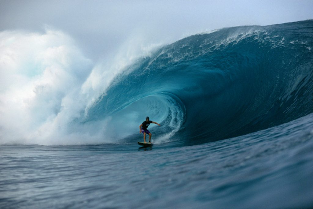 Monsters Of Surf Photography Jack English And The Biggest Wave Ever Snapped Out At Pipeline Beachgrit